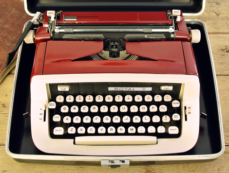Cathe-Holden-Typewriter